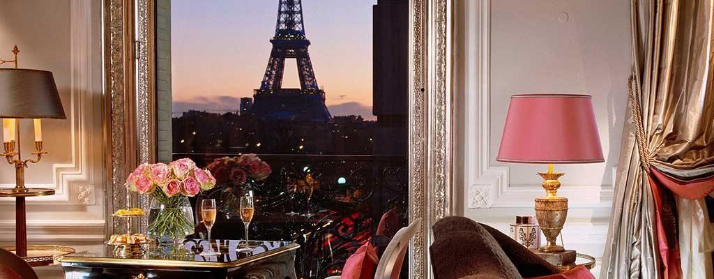 اقامت در پاریس