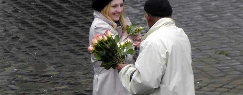 گلفروشهای متظاهر