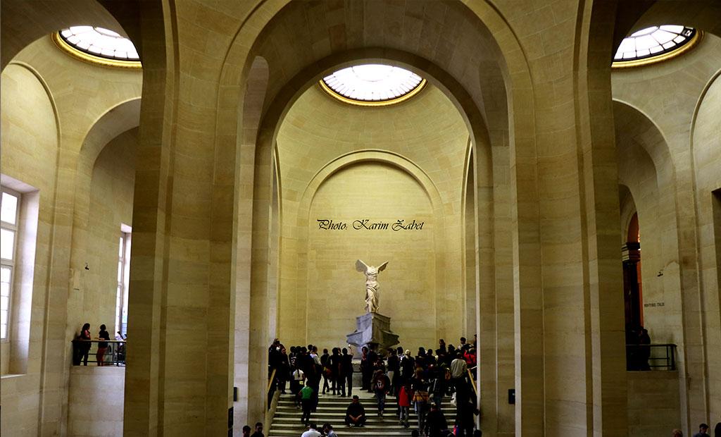 مجسمه نایکی الهه بالدار پیروزی