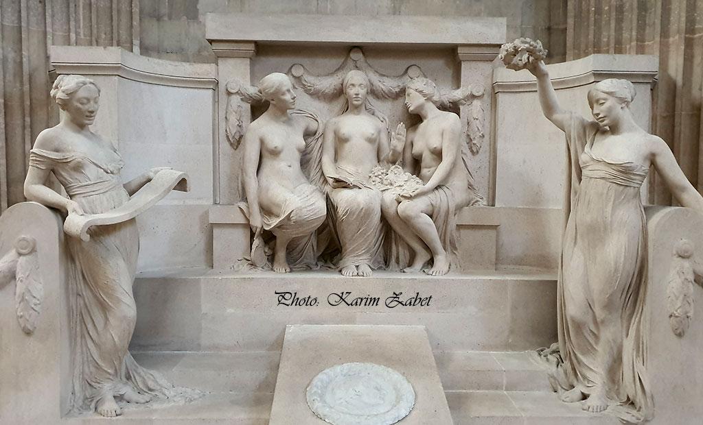 مجسمه های داخل پانتئون پاریس