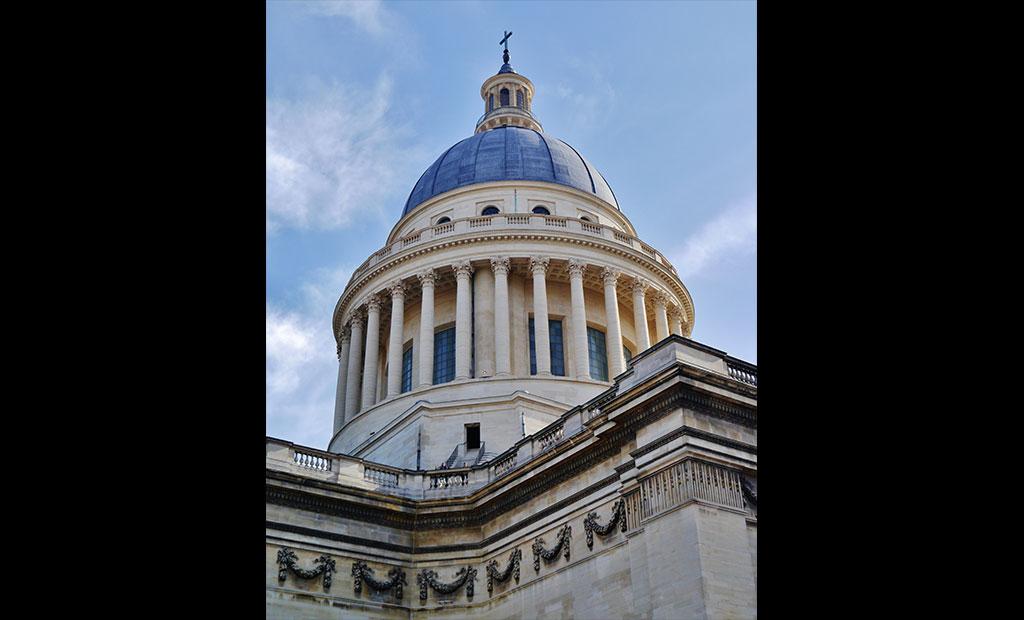 گنبد پانتئون پاریس الگو برداری شده از گنبد کلیسای سن پیتر رم