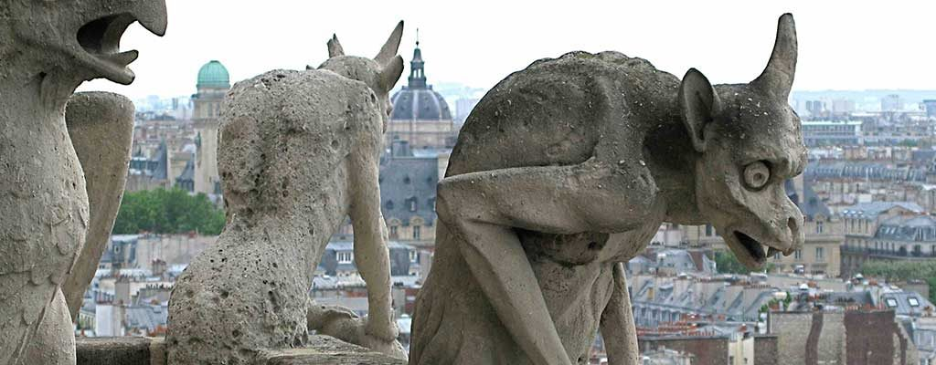 مجسمه شیمراها در کلیسای نوتردام پاریس