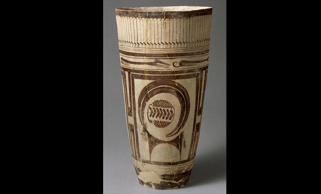 لیوان سفالینه 6000 ساله با طرح بز کوهی