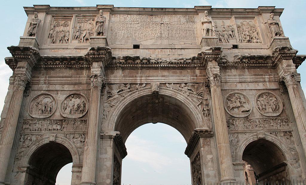 طاق نصرت کنستانتین در شهر رم