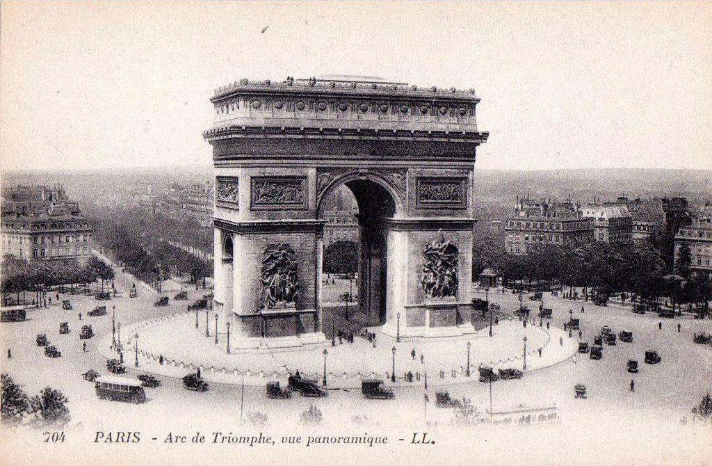 عکس قدیمی 100 ساله از طاق نصرت پاریس، سال 1920