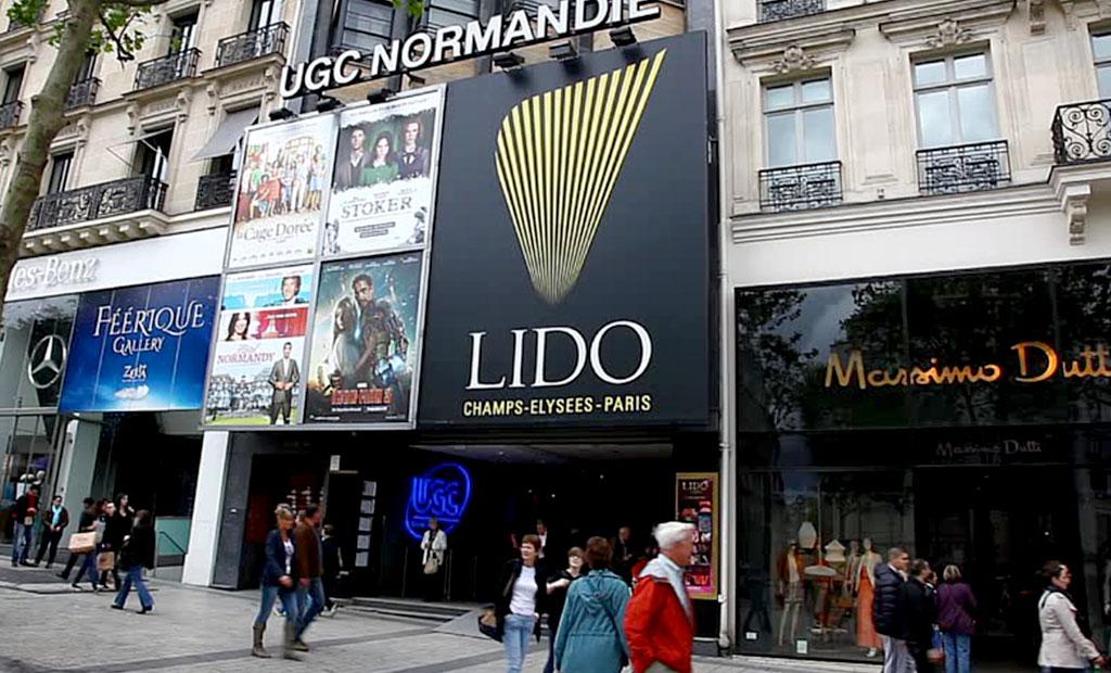 کاباره لیدو در خیابان شانزلیزه پاریس