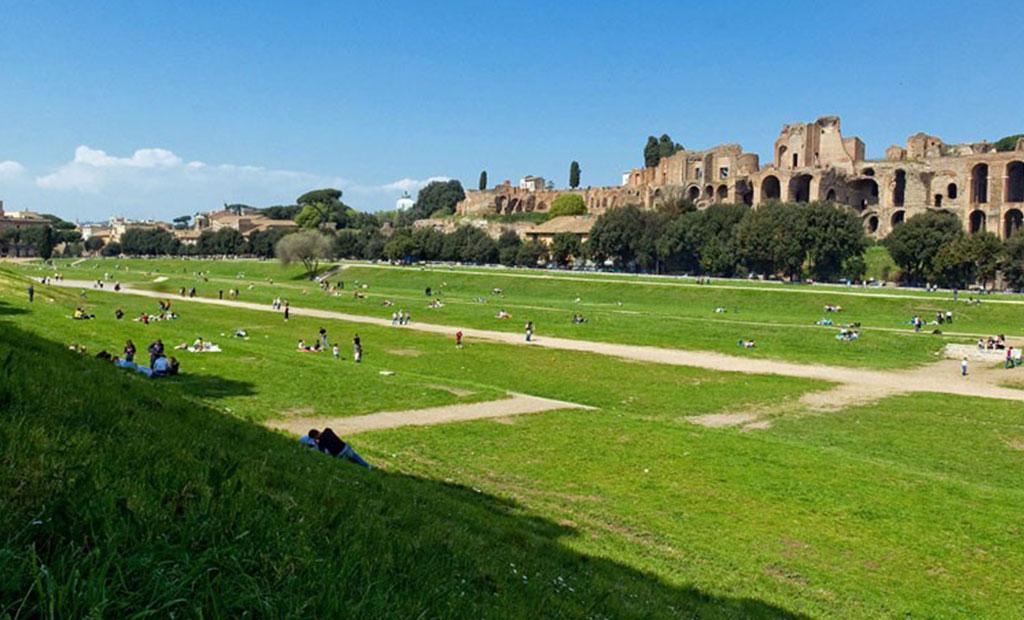 پارکی که به مدت 1000 سال میزبان مسابقات ارابه رانی در استادیوم ماکسیموس بود