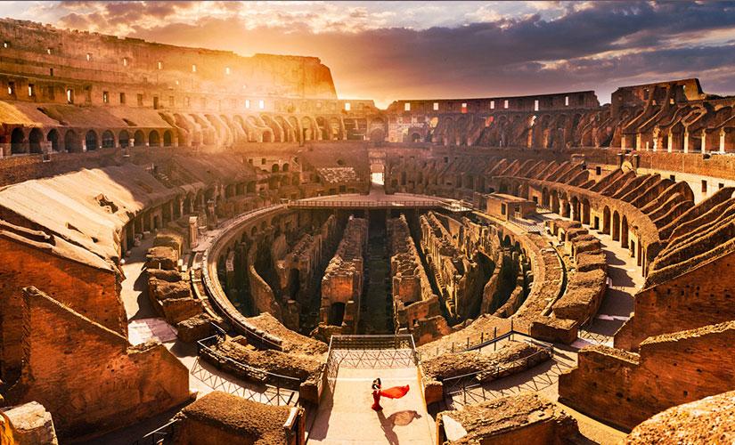 نمای داخلی کولوسئوم رم