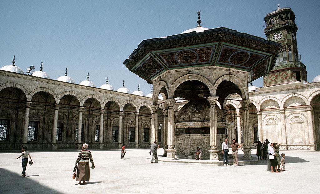 مسجد داخل قلعه قاهره