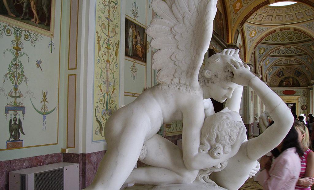 مجسمه پسوخه و کوپید در موزه هرمیتاژ