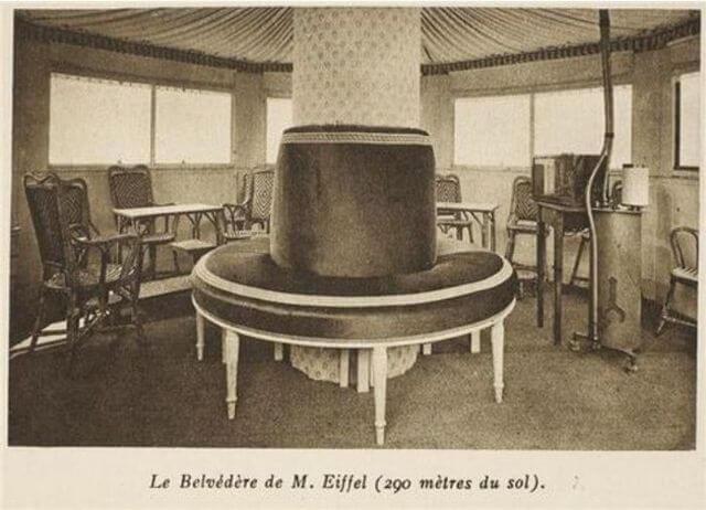 آپارتمان مخفی آقای گوستاو ایفل در بالای برج ایفل. پنت هاوسی که کمتر کسی به غیر از اقای ایفل اجازه ورود به آن را داشت.