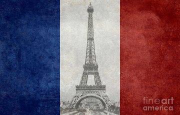 برج ایفل، نمادی آزادی کشور فرانسه