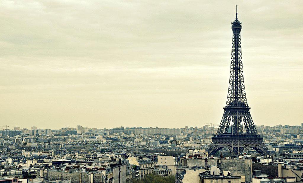 برج ایفل بانوی آهنین پاریس