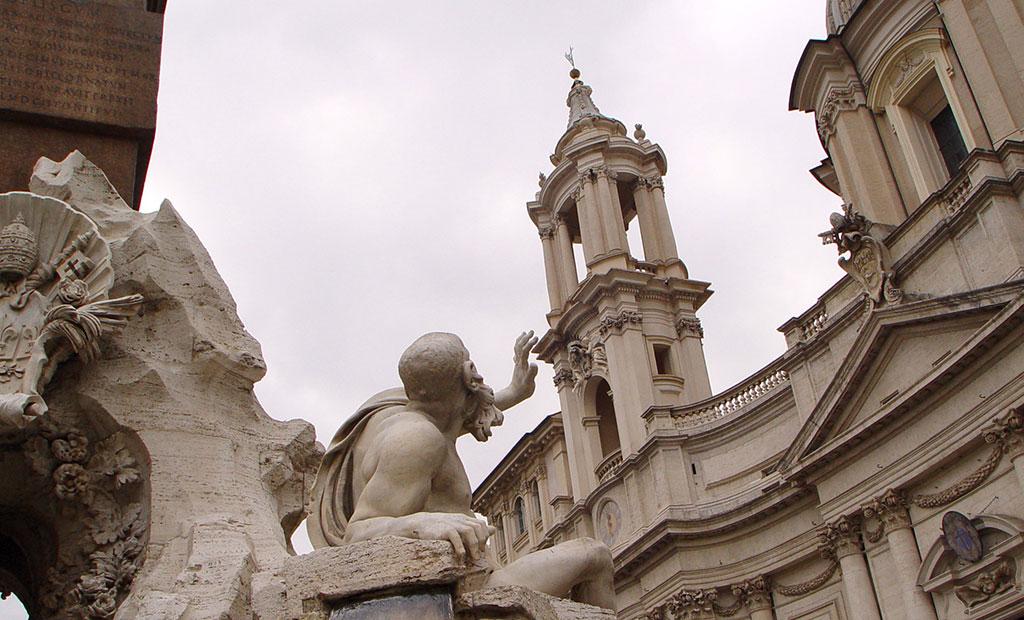 مجسمه های آب نمای چهار رودخانه اثر برنینی در میدان ناوونا