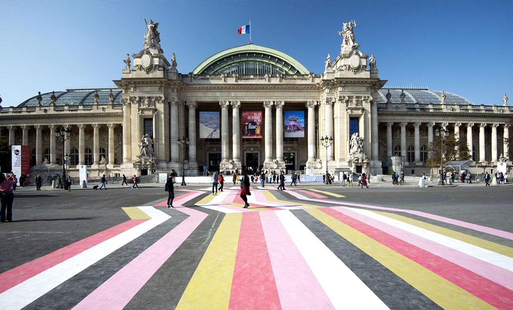 نمای خارجی گراند پله یا قصر بزرگ پاریس