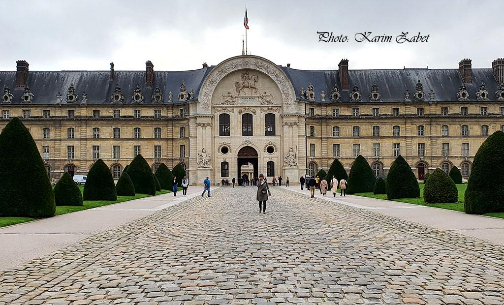 ورودی اصلی عمارت انولید پاریس