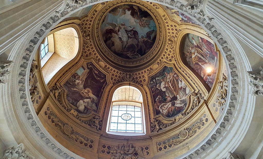 نقاشی های سقفی کلیسای گنبد انولید
