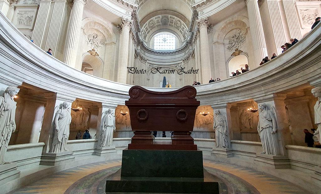 مقبره امپراتور ناپلئون بناپارت اول در انولید پاریس