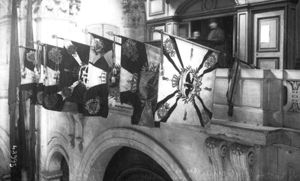 پرچم های غنیمتی زینت بخش کلیسای سن لوئی انولید