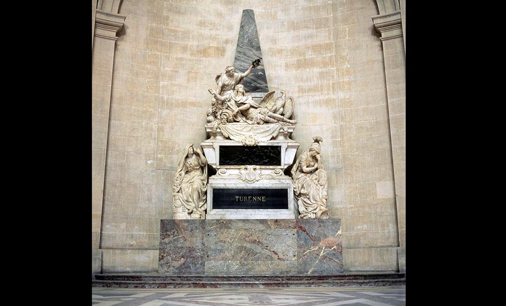 مقبره ژنرال تورن در انولید پاریس