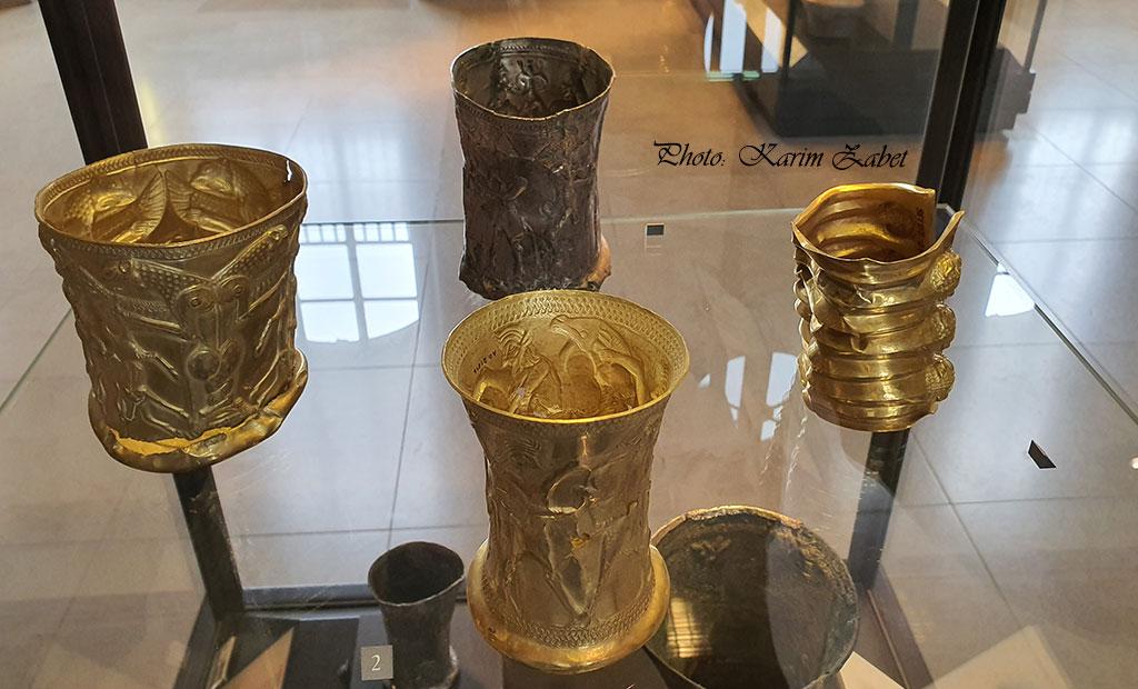 جام های طلای عتیقه ایرانی در موزه لوور پاریس