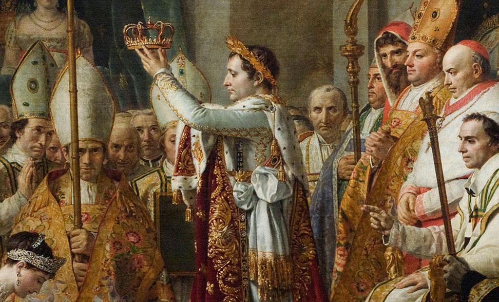 امپراتور ناپلئون که تاجی طلایی از برگ بو به سر دارد