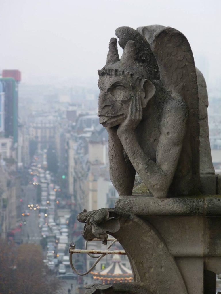مجسمه پرنده شب، معروف ترین شیمر کلیسای نوتردام پاریس