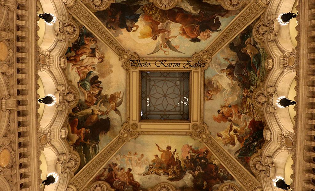 نقاشی های سقفی بالای راه پله های اصلی اپرا گارنیه