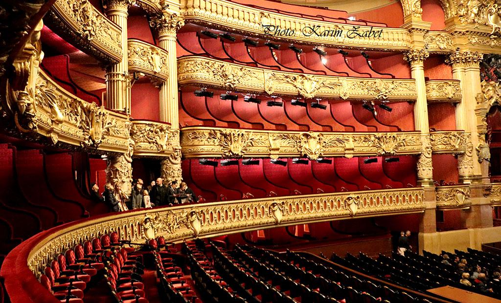 سالن نمایش اپرا گارنیه با 1979 نفر ظرفیت