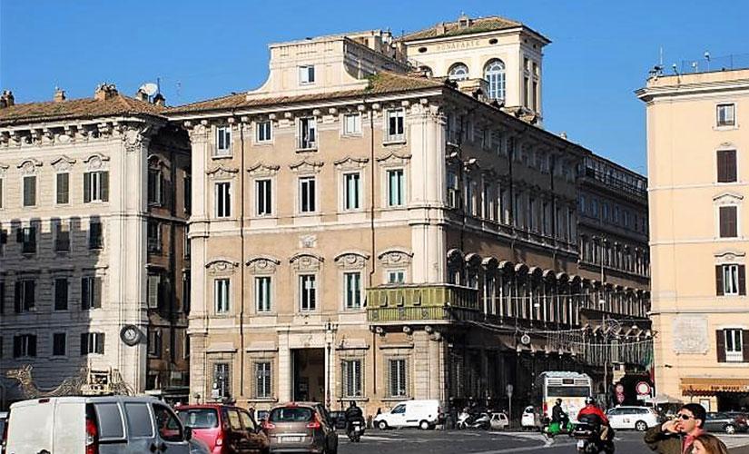 قصر بناپارت در میدان ونیز محل زندگی مادر ناپلئون