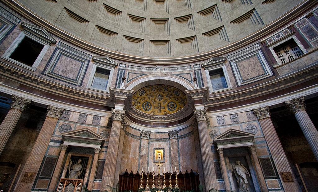 محراب معبد پانتئون رم