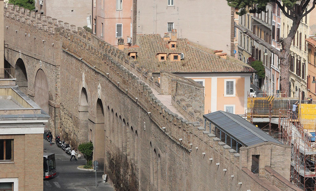 راهرو اختصاصی بین قلعه سنت آنجلو و محل کار پاپ در واتیکان
