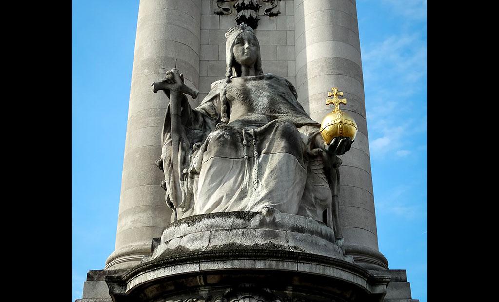 مجسمه فرانسه در دوران شارلمانی