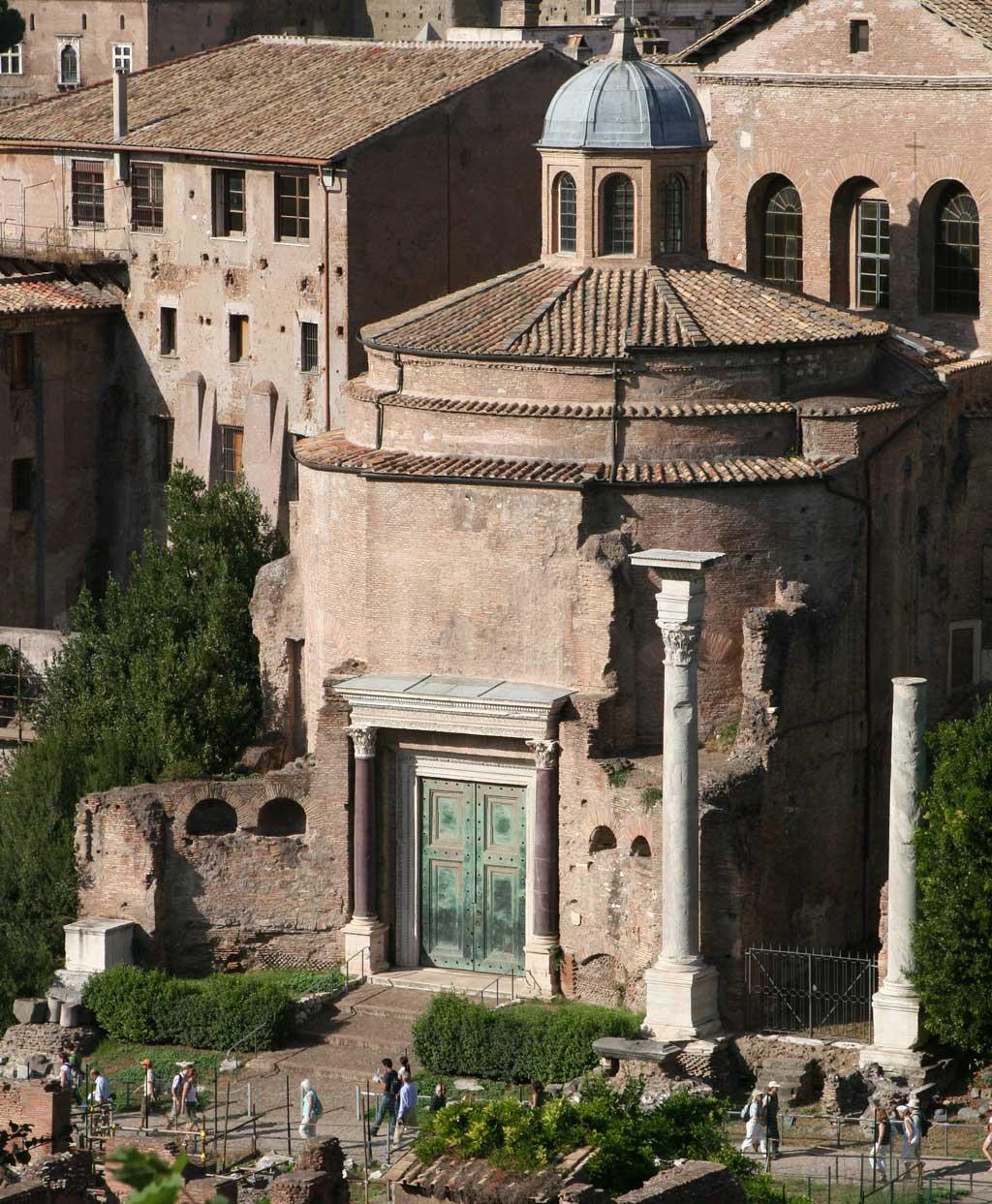 معبد دیووس رومولوس در رومان فروم
