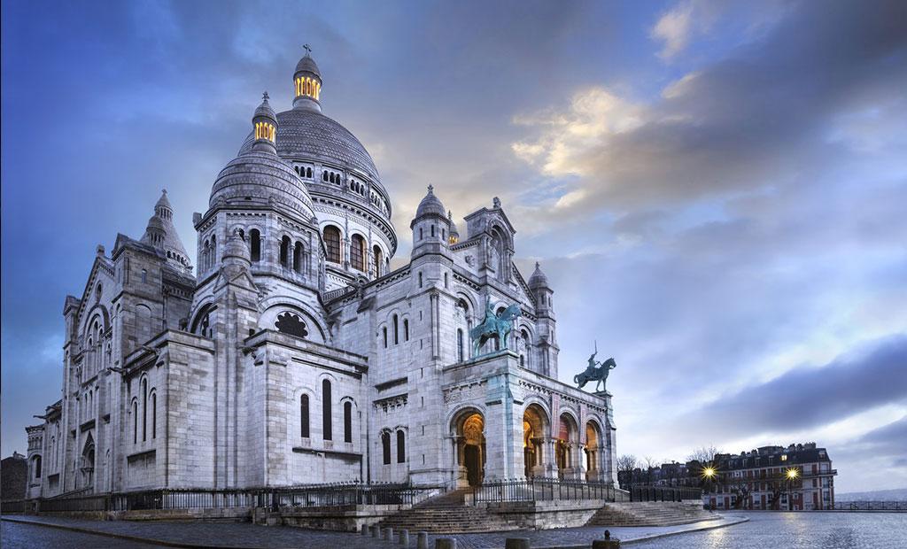 کلیسای زیبای قلب مقدس پاریس