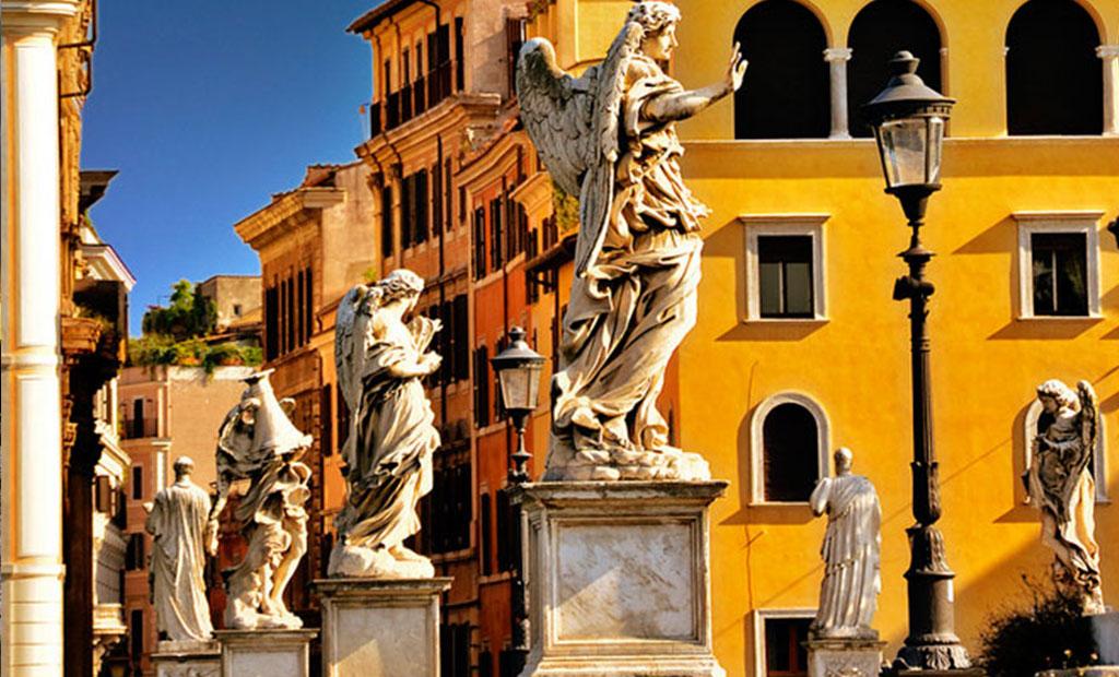 مجسمه های روی پل سنت آنجلو شهر رم