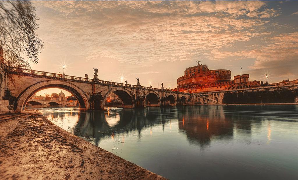 پل و قلعه سنت آنجلو در شهر رم