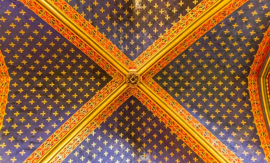 سقف کلیسای سن شاپل به شکل آسمان پرستاره