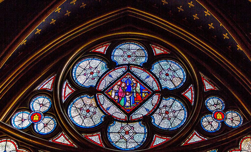 شیشه های منقوش کلیسای سن شاپل