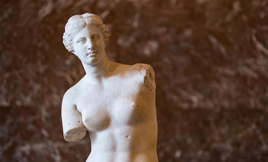 مجسمه یونانی ونوس الهه عشق و زیبایی